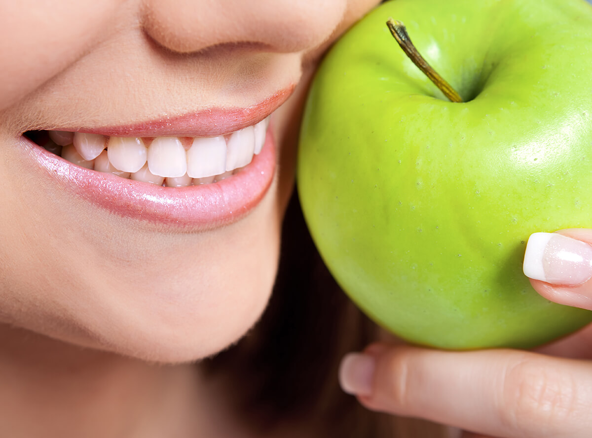 Tips to Keep Teeth Strong with Healthy Foods at Natural Dentistry in Clearwater FL Area
